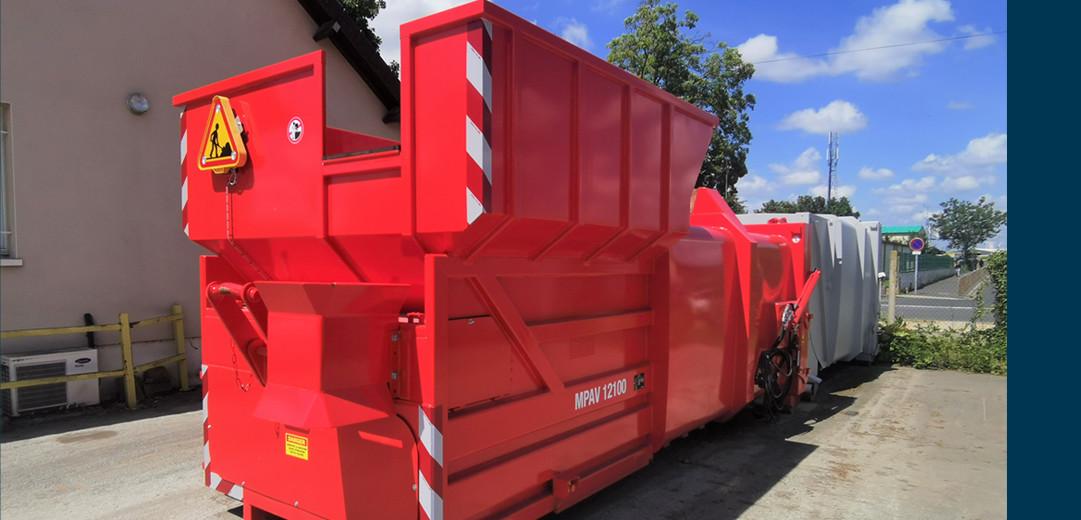 Collecteur déchets - compacteur embarqué